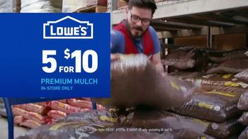 Lowe's TV Spot, 'July 4th: Charcoal and Mulch' - Thumbnail 5
