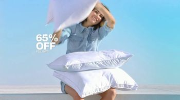 Macy's July 4th Sale TV Spot, 'Sandals, Stand Mixer and Pillows' - Thumbnail 9