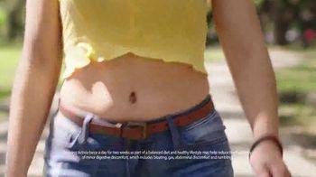 Dannon Activia Probiotic Dailies TV Spot, 'The Summer of Loving Your Gut' - Thumbnail 4