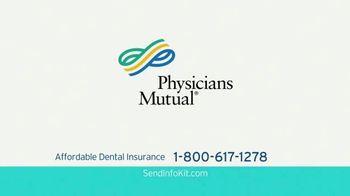 Physicians Mutual TV Spot, 'Nosy Gladys V' - Thumbnail 5