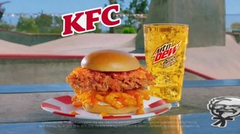 KFC Cheetos Sandwich TV Spot, 'Howdy, Colonel Chester!' - Thumbnail 9