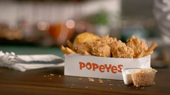 Popeyes $5 Parmesan Ranch Double Dippers TV Spot, 'Una vez y otra vez' [Spanish] - Thumbnail 2