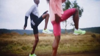 Nike Zoom TV Spot, 'The Dibaba Sisters' Featuring Tirunesh Dibaba, Genzebe Dibaba & Ejegayehu Dibaba - Thumbnail 5