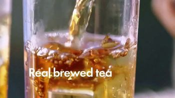 Gold Peak Iced Tea TV Spot, 'Real Comforts of Home' Song by Big Little Lions - Thumbnail 9
