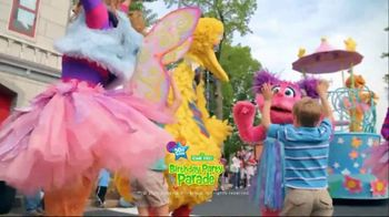 SeaWorld 4th of July Sale TV Spot, 'Feels Amazing: 3 Days, 2 Parks' - Thumbnail 8