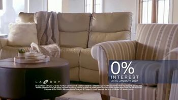 La-Z-Boy 4th of July Sale TV Spot, 'Favorite Spot: Zero Percent Interest' - Thumbnail 9