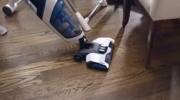 Hoover FloorMate Jet TV Spot, 'Vacuum, Wash and Suction'