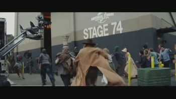 Universal Studios Hollywood TV Spot, 'Jurassic World the Ride: más que real' [Spanish] - Thumbnail 1