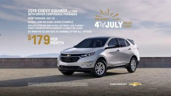 Chevrolet 4th of July Sales Event TV Spot, 'Can't Stop Staring' [T2] - Thumbnail 7