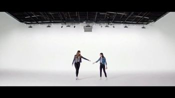 Verizon TV Spot, 'Yousafzai Sisters: $650 Off' - Thumbnail 5
