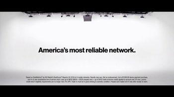 Verizon TV Spot, 'Yousafzai Sisters: $650 Off' - Thumbnail 8