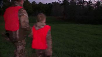 Realtree United Country Hunting Properties TV Spot, 'All the Reasons' Song by Scott Fritz - Thumbnail 9
