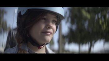 Amazon TV Spot, 'Keep Up' Song by Freddie Scott - Thumbnail 7