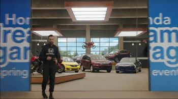 Honda Dream Garage Spring Event TV Spot, 'Big Deal' Feat. James Hinchcliffe [T2] - Thumbnail 3
