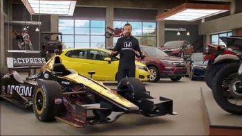 Honda Dream Garage Spring Event TV Spot, 'Big Deal' Feat. James Hinchcliffe [T2] - Thumbnail 7