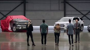 Chevrolet 4th of July Chevy Drive Event TV Spot, 'Can't Stop Staring' [T2] - Thumbnail 1