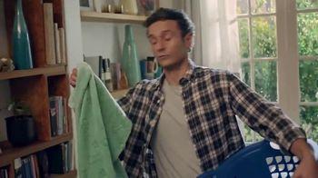 Lysol Laundry Sanitizer TV Spot, 'Love Them, Hate Their Laundry' - Thumbnail 2