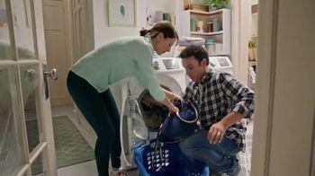 Lysol Laundry Sanitizer TV Spot, 'Love Them, Hate Their Laundry' - Thumbnail 6