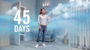 Febreze Small Spaces TV Spot, 'Every Flush' - Thumbnail 9