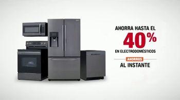 The Home Depot Red, White & Blue Savings TV Spot, 'Juego de cocina de Samsung' [Spanish] - Thumbnail 8