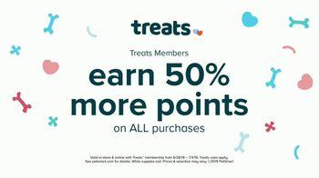 PetSmart Fourth of July Savings TV Spot, 'Buy One Get One' - Thumbnail 8