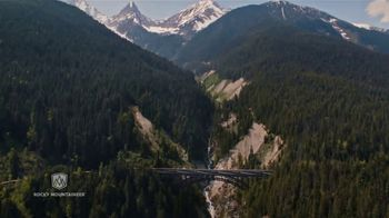 Rocky Mountaineer Luxury Train Journey TV Spot, 'It Stays With You' - Thumbnail 8