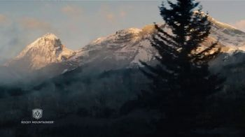 Rocky Mountaineer Luxury Train Journey TV Spot, 'It Stays With You' - Thumbnail 6