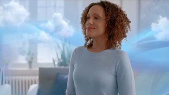 Febreze FABRIC Refresher Extra Strength TV Spot, 'Trapped Odors' - Thumbnail 10