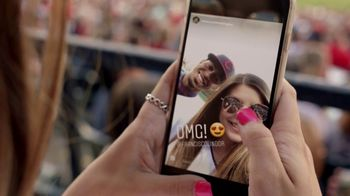 T-Mobile TV Spot, 'MLB: America's Network' Song by The Temper Trap - Thumbnail 6