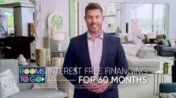Rooms to Go Memorial Day Sale TV Spot, 'Coupons' Featuring Jesse Palmer - Thumbnail 8