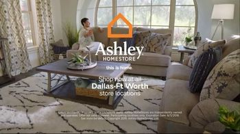 Ashley HomeStore Memorial Day Sale TV Spot, 'Summer's Hottest Deals: Dining Table and Sofa' Song by Midnight Riot - Thumbnail 7