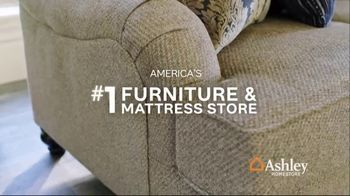 Ashley HomeStore Memorial Day Sale TV Spot, 'Summer's Hottest Deals: Dining Table and Sofa' Song by Midnight Riot - Thumbnail 6