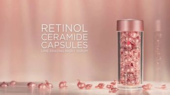 Elizabeth Arden Retinol Ceramide Capsules TV Spot, 'Rose Gold' Featuring Reese Witherspoon - Thumbnail 7