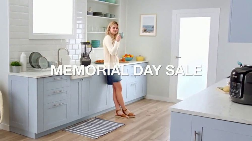 9ca6cddea74d Macy's Memorial Day Sale TV Commercial, 'Small Appliances, Bedding &  Luggage' - Video