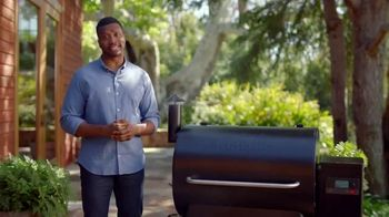 Traeger Wood Fire Grills TV Spot, 'Stop Cooking Food That Tastes Like Gas' - Thumbnail 4