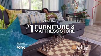 Ashley HomeStore Memorial Day Sale TV Spot, 'Reclining Sofas and Sectionals' Song by Midnight Riot - Thumbnail 6