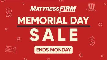 Mattress Firm Memorial Day Sale TV Spot, 'Beautyrest Queen Mattress & Purple Pillow' - Thumbnail 1