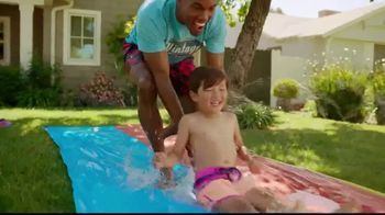 Kohl's Memorial Day Weekend Sale TV Spot, 'Tees, Swimwear and Beach Towels' - Thumbnail 10