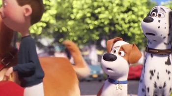 McDonald's Happy Meal TV Spot, 'The Secret Life of Pets 2: Waiting for You' Song by Richard Marx - Thumbnail 4