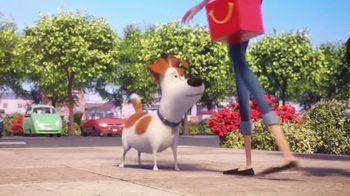 McDonald's Happy Meal TV Spot, 'The Secret Life of Pets 2: Waiting for You' Song by Richard Marx - Thumbnail 8