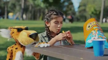 Cheetos Puffs TV Spot, 'Acrobat' - Thumbnail 4
