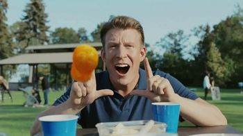 Cheetos Puffs TV Spot, 'Acrobat' - Thumbnail 6