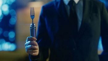 Zaxby's Blackened Blue Zalad TV Spot, 'Men in Black: International: Forkalyzer'