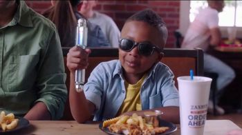 Zaxby's Cosmic Chocolate Cookie TV Spot, 'Men in Black: International: Another Cookie'