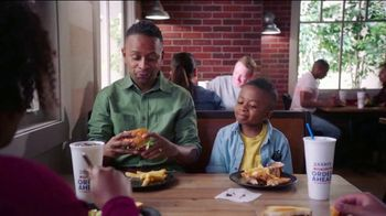 Zaxby's Cosmic Chocolate Cookie TV Spot, 'Men in Black: International: Another Cookie' - Thumbnail 7