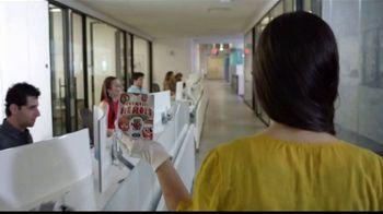 Walgreens TV Spot, 'NBC Universal: Red Nose Day' con Nastassja Bolívar [Spanish] - Thumbnail 1