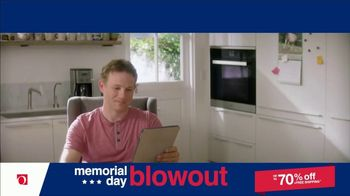 Overstock.com Memorial Day Blowout TV Spot, 'Table Runner' - Thumbnail 1