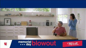 Overstock.com Memorial Day Blowout TV Spot, 'Table Runner' - Thumbnail 4