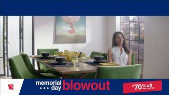 Overstock.com Memorial Day Blowout TV Spot, 'Table Runner' - Thumbnail 5