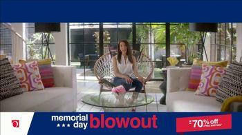 Overstock.com Memorial Day Blowout TV Spot, 'Table Runner' - Thumbnail 8
